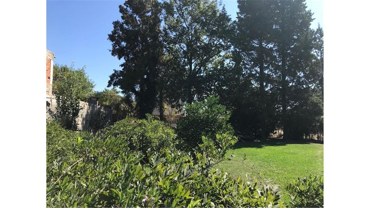 terreno en venta en barrio luchetti manzanares pilar