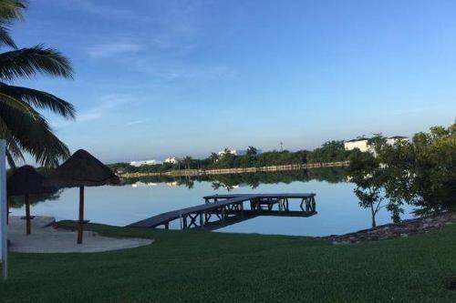 terreno en venta en cancún en lagos del sol