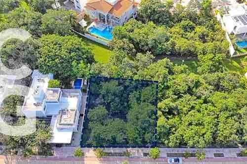 terreno en venta en cancun en residencial lagos del sol