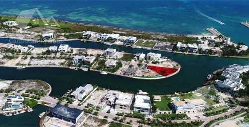 terreno en venta en cancun/puerto cancun/zona hotelera