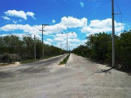 terreno en venta en conkal ideal para desarrollo inmobiliario. 3.9 hectáreas