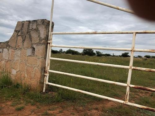 terreno en venta en el pilar por periférico sur
