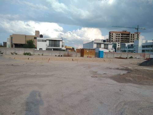 terreno en venta en el refugio