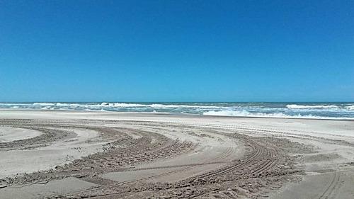 terreno en venta en esquina de costa esmeralda. 1378 metros con buenas vistas panoramicas