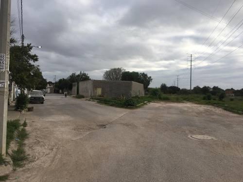 terreno en venta en fraccionamiento torremolino (por los magueyes)