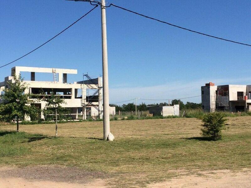 terreno en venta en ibarlucea - barrio las casuarinas lote 123 - financiación