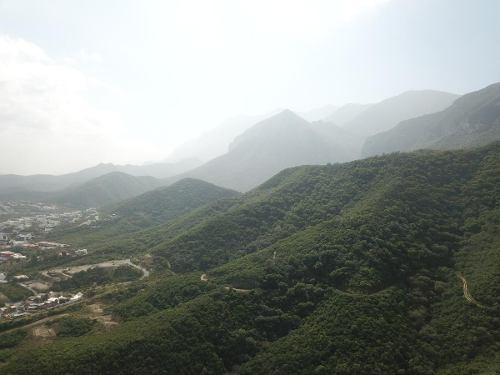 terreno en venta en jardines de valle alto