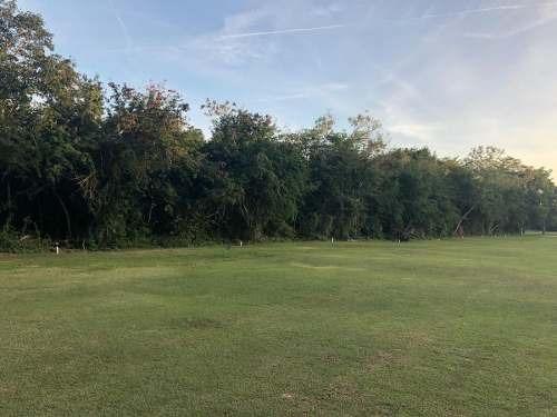 terreno en venta en la ceiba con vista al campo de golf
