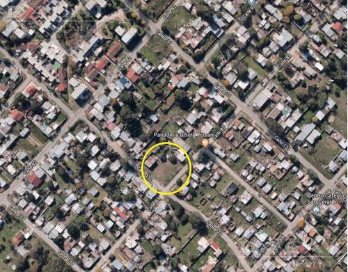 terreno en venta en la plata calle 132 esq 83 dacal bienes raices