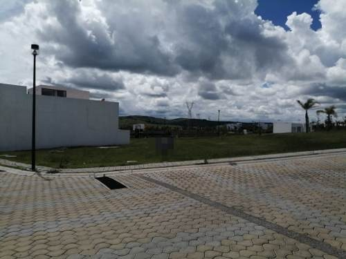 terreno en venta en lomas de angelópolis iii parque anahuac.