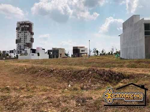 terreno en venta en lomas de angelópolis opt-0166