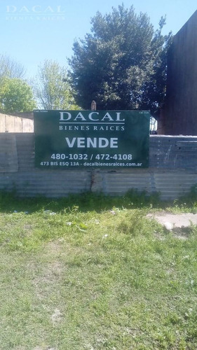 terreno en venta en manuel b gonnet calle 507 e/ 4 y 5 dacal bienes raices