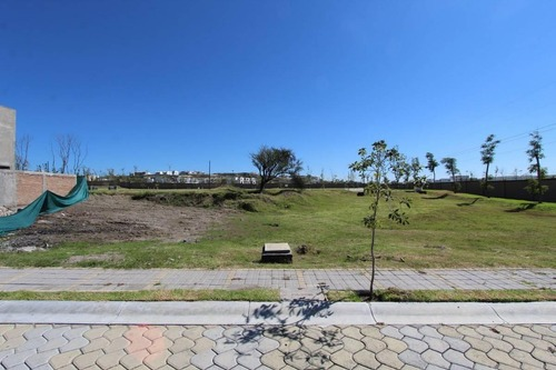 terreno en venta en parque sinaloa en lomas de angelópolis
