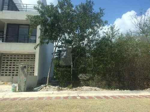 terreno en venta en puerto morelos en regatta 240 m2, 8 frente 30 fondo