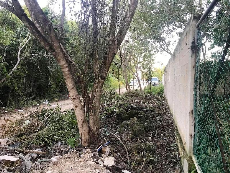 terreno en venta en zona de av. huayacan cancun quintana roo