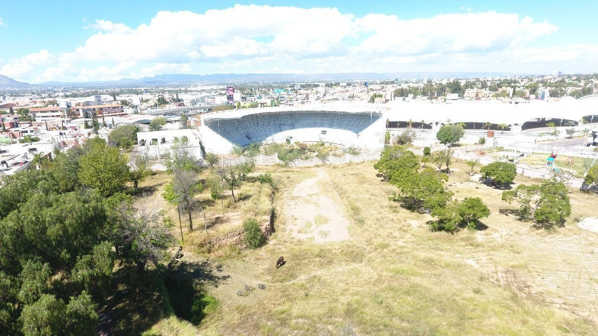 terreno en venta en zona de feria (villa charra), 11,500 m2.