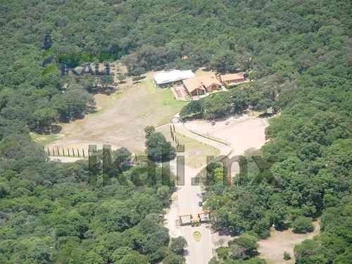terreno en venta fracc. haras del bosque en puebla pue. 500 m², el lugar donde se encuentra el fraccionamiento haras del bosque, es de las únicas zonas arboladas en la ciudad de puebla. durante 100 a