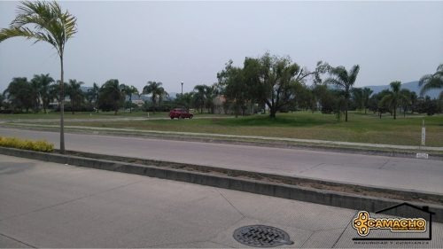 terreno en venta/ fracc. paraiso country club. omt-0010