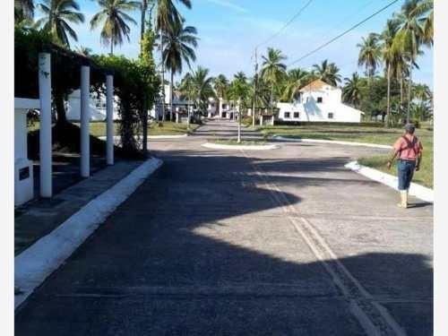 terreno en venta isla paraiso