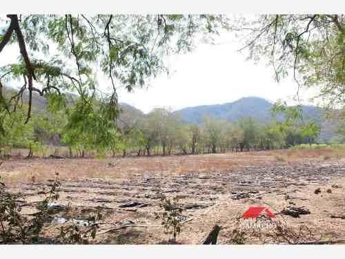 terreno en venta la caja, comala, col.; casi dos hectáreas de riego, ideales para siembra....