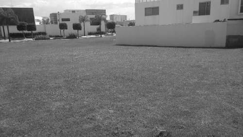 terreno en venta la isla de lomas lomas de angelopolis