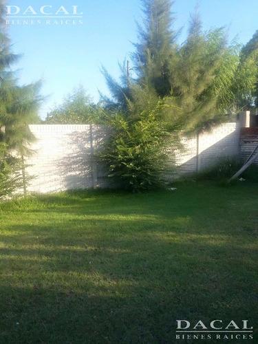 terreno  en venta la plata calle 158 e/ 517 y 518 dacal bienes raices