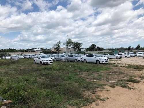 terreno en venta o renta doble frente huayacan cancun