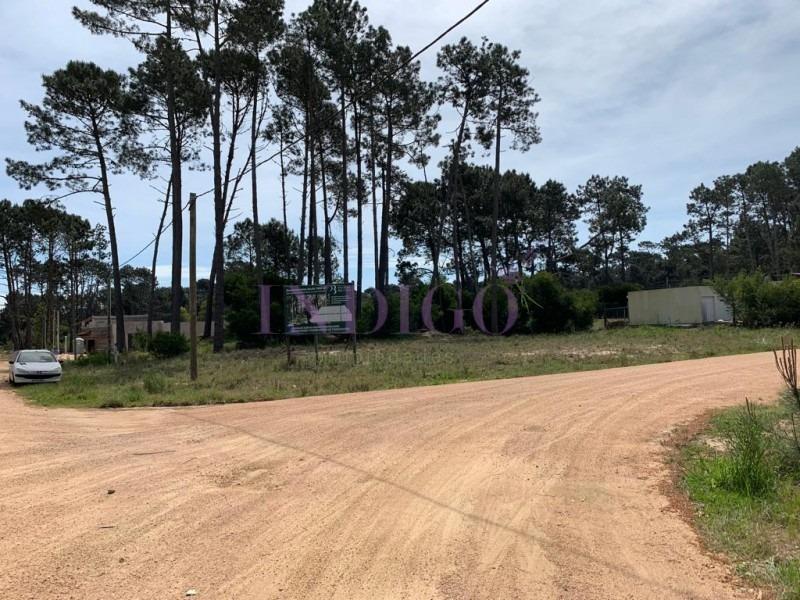 terreno en venta parque burnett-ref:476