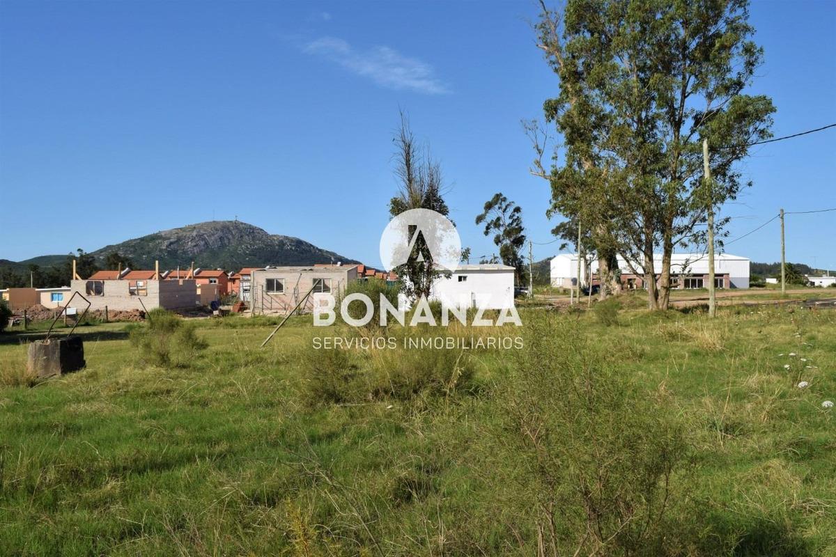 terreno en venta, piriápolis, iglesia de piria