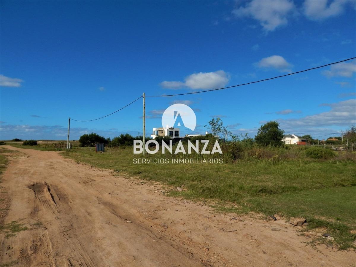 terreno en venta, piriápolis, punta negra 70m playa
