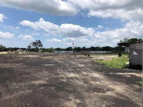 terreno en venta renta 30,000m2 bardeado libramiento cancun
