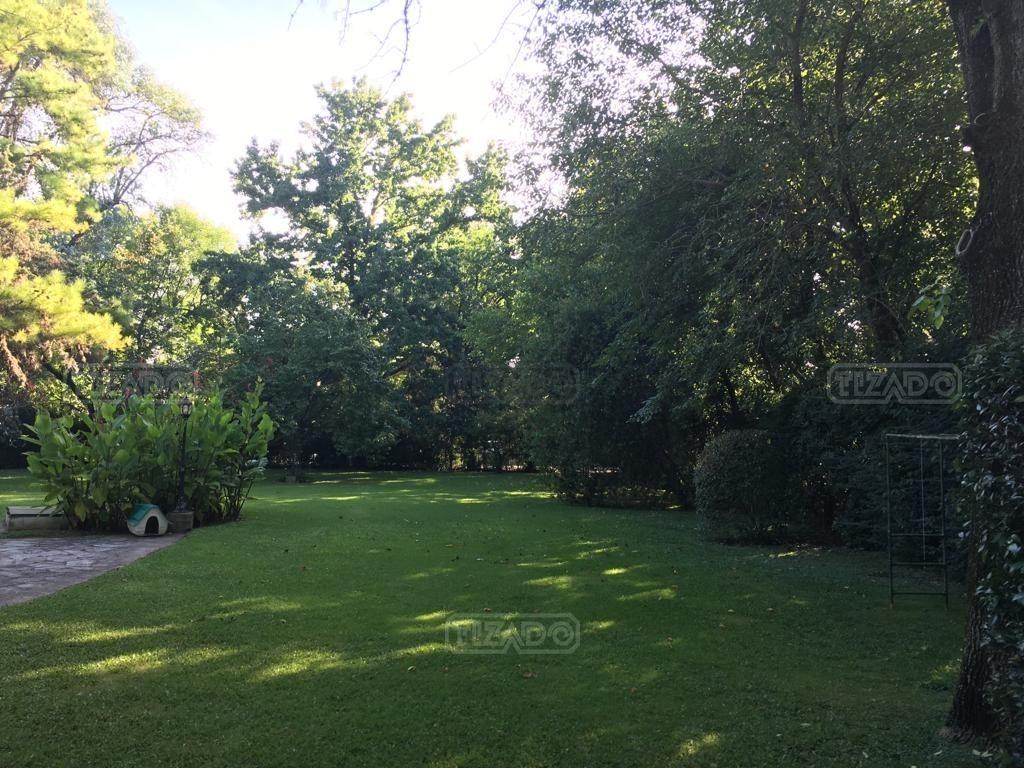 terreno  en venta ubicado en highland park cc, pilar y alrededores