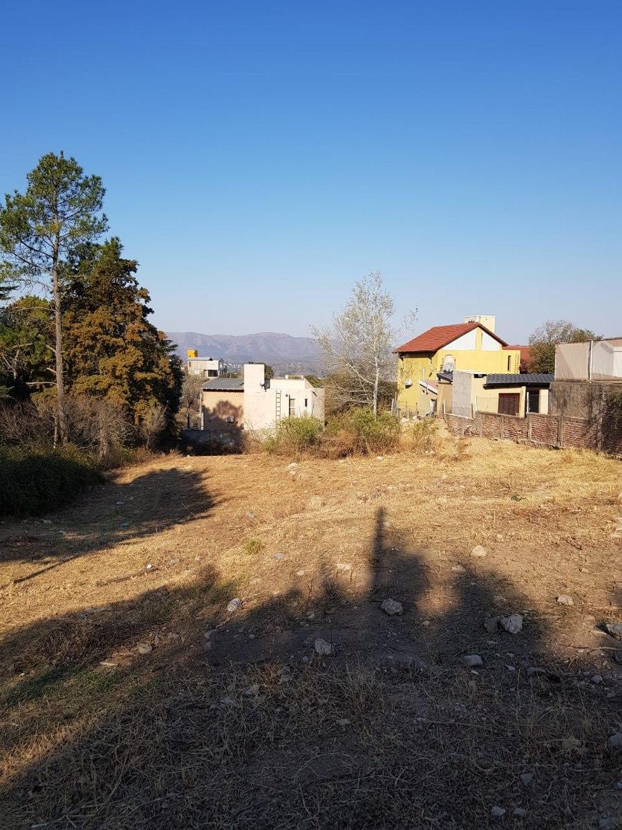 terreno en venta-villa del lago 1310mts2