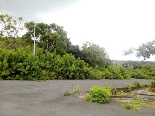 terreno en vista esmeralda 2,000 vrs con vista de managua