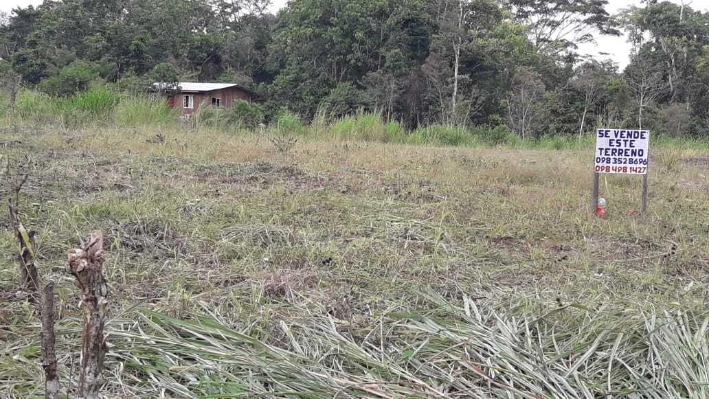 terreno esquinero con escrituras y servicio de agua
