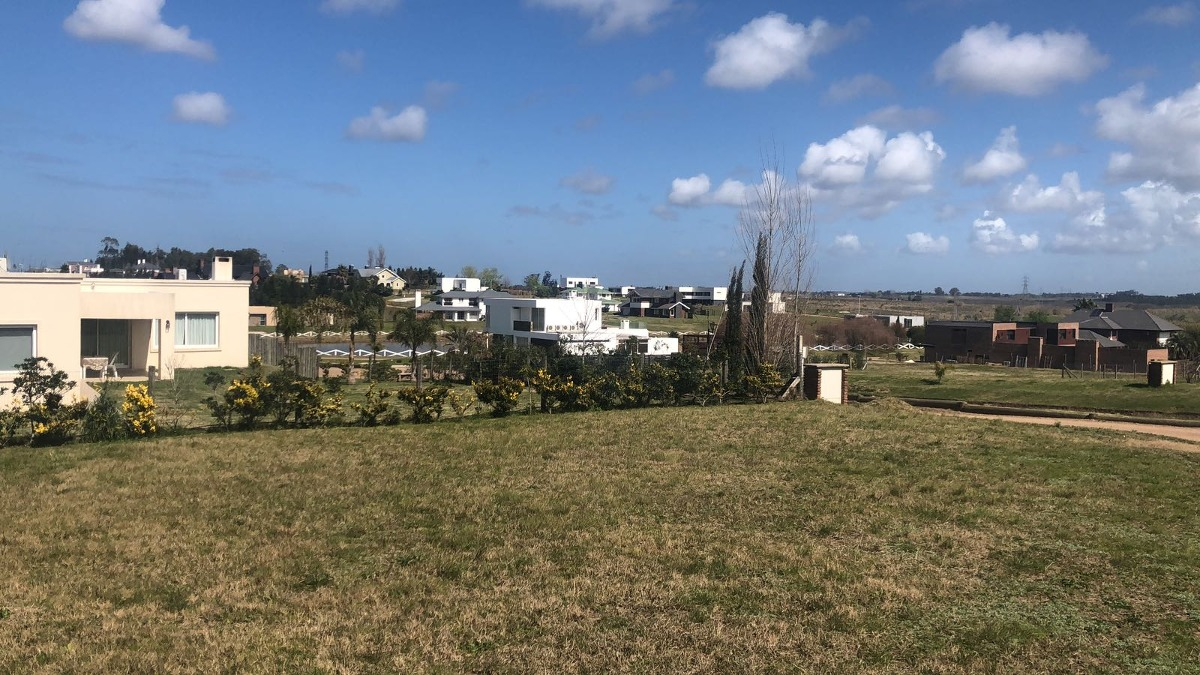 terreno financiado colinas de carrasco - barrio privado- b5