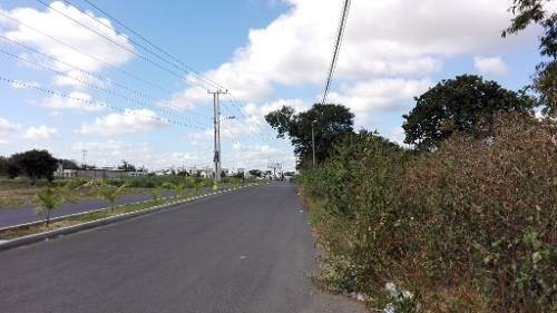terreno frente a hacienda opichén ideal para desarrollar casas