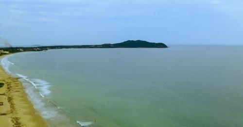 terreno frente a la playa
