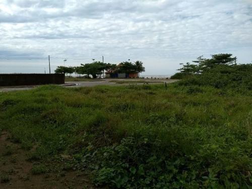 terreno frente mar, rua asfaltada, com escritura, docs ok