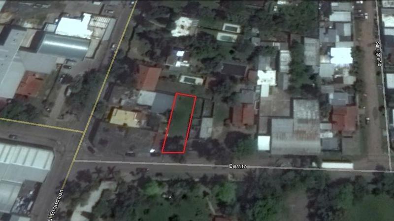terreno industrial de 300 m² a 400 metros del acceso oeste
