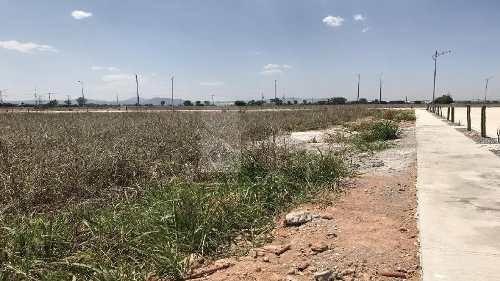 terreno industrial en desarrollo en venta en zona nuevo aeropuerto