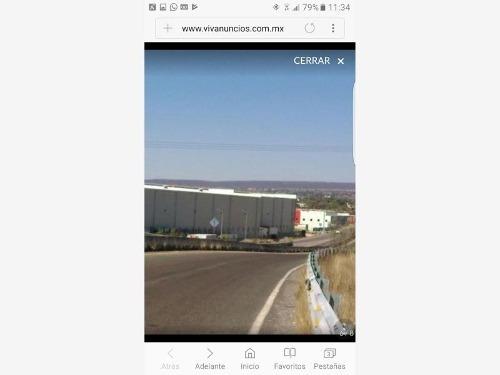 terreno industrial en venta santa rosa de jauregui centro