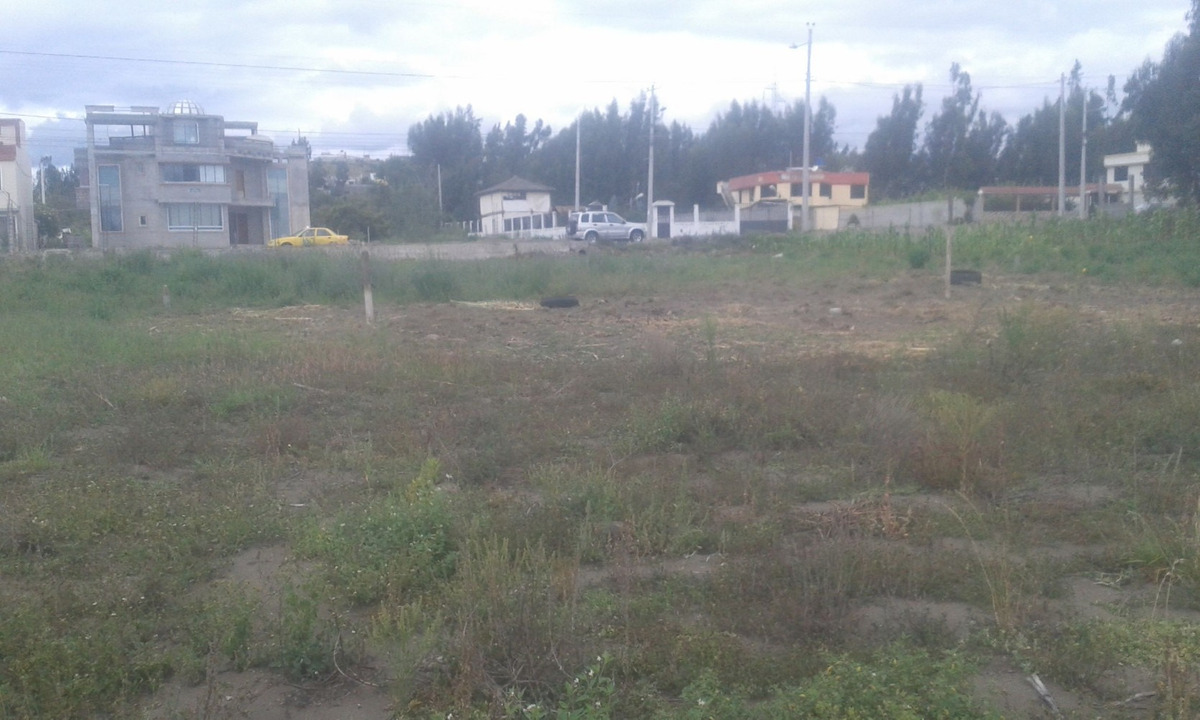 terreno junto al skandinavo cerca a la ant (sector de proa)