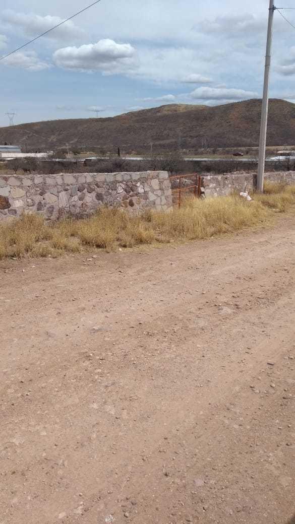 terreno km 12 carretera a cuauhtemoc a 50 mts de la carreter