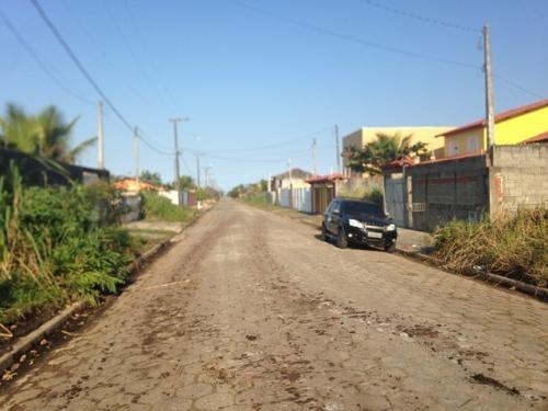 terreno lado praia, opção de parcelar, esquina, rua calçada