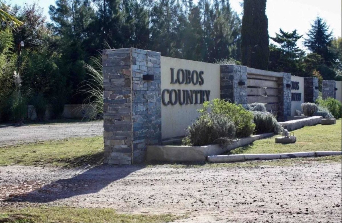 terreno lote country club lobos