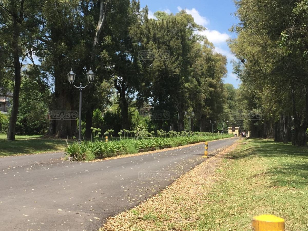 terreno lote  en venta ubicado en la cesarina, zona oeste