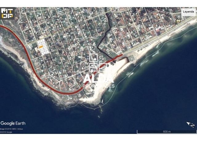 terreno maldonado playa grande venta