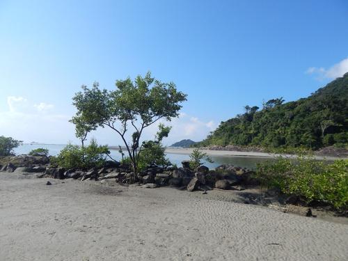 terreno muito próximo da praia p/ venda em  peruíbe