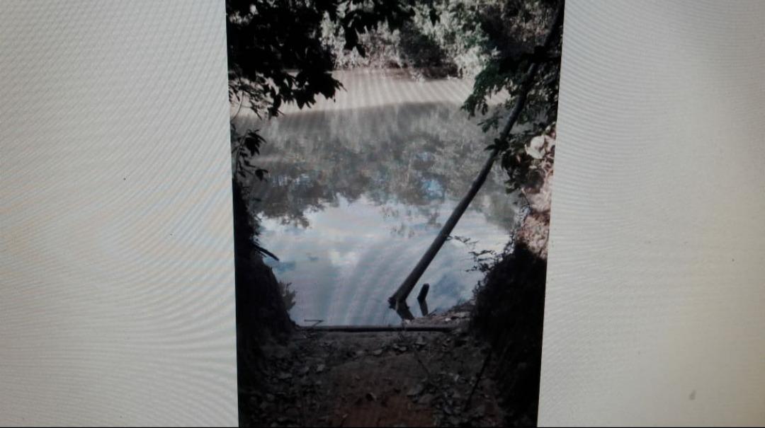 terreno na beira do rio dos bois